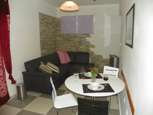Flat Split - 4 people - holiday home  #35126