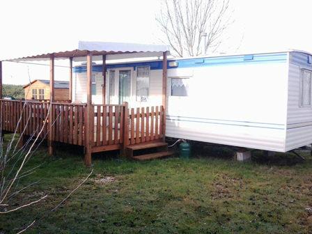 Mobil-home Vergeroux - 6 personnes - location vacances  n°35322