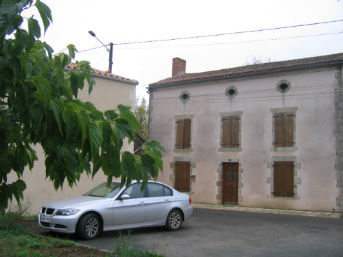 House in Thenezay for   6 •   private parking