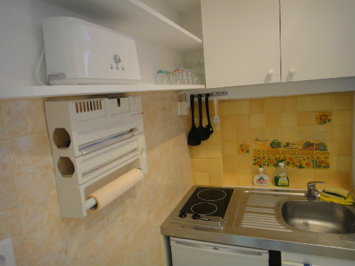 Studio in NICE - Vacation, holiday rental ad # 35574 Picture #3