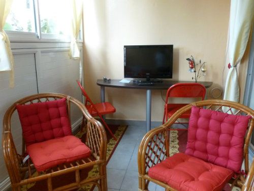 Flat in SAINT DENIS - Vacation, holiday rental ad # 35707 Picture #2