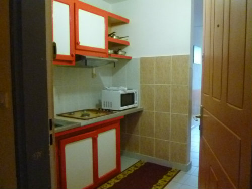 Flat in SAINT DENIS - Vacation, holiday rental ad # 35707 Picture #3