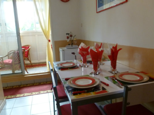 Flat in SAINT DENIS - Vacation, holiday rental ad # 35707 Picture #4