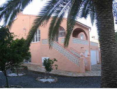 House in Alfas del pi - Vacation, holiday rental ad # 35942 Picture #1