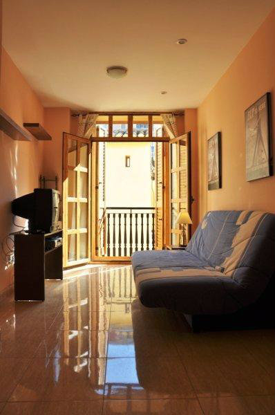 House Valencia - 3 people - holiday home  #36019