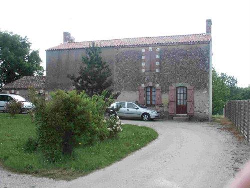Maison à L'aiguillon sur vie pour  4 •   avec terrasse