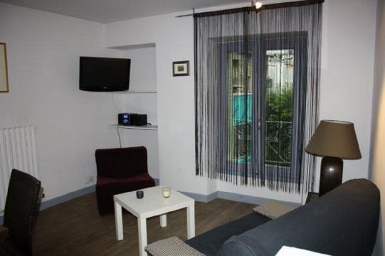 appartement aix les bains louer pour 2 personnes location n 36217. Black Bedroom Furniture Sets. Home Design Ideas