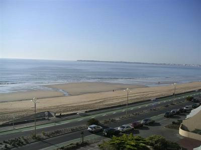 Appartement in La baule voor  8 •   uitzicht op zee   no 36512