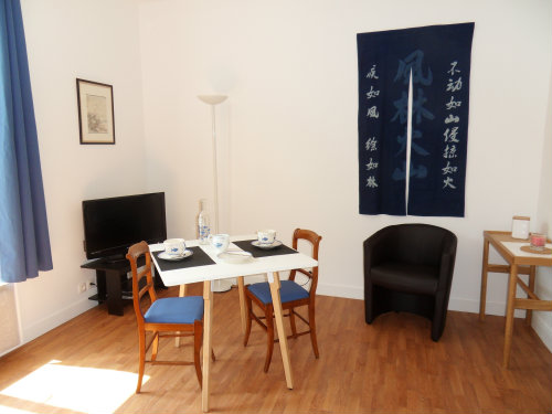 Studio in Courbevoie - Vacation, holiday rental ad # 36606 Picture #1