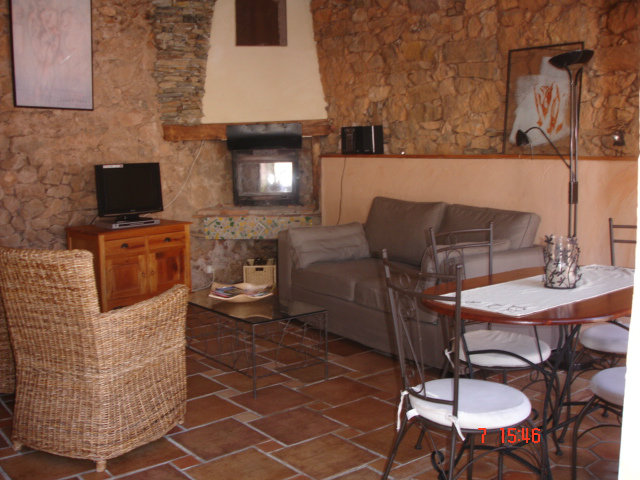 Gite in Caixas - Vacation, holiday rental ad # 37119 Picture #2