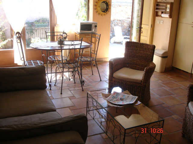 Gite in Caixas - Vacation, holiday rental ad # 37119 Picture #4