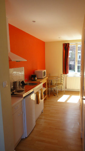 studio lille louer pour 3 personnes location n 37344. Black Bedroom Furniture Sets. Home Design Ideas
