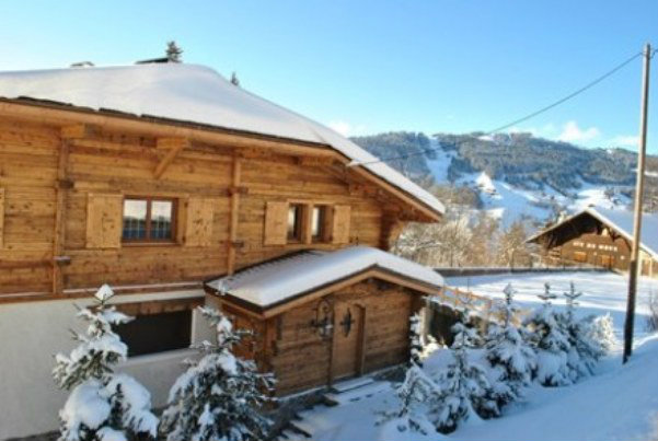 Chalet à Megève - mont d'arbois pour  7 •   jardin