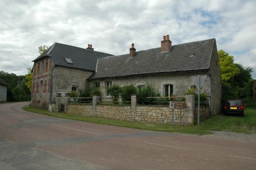 House Leuze - 15 people - holiday home  #37588