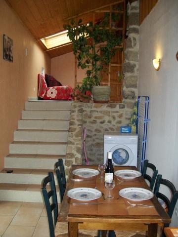 Gite 4 personnes Champis - location vacances  n°38082