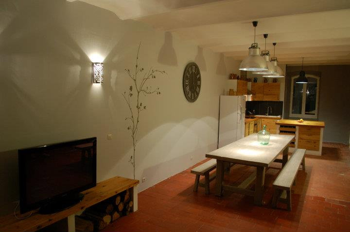 Maison Villeneuve De Berg - 8 personnes - location vacances  n°38227
