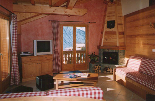 Chalet in Les Menuires - Vacation, holiday rental ad # 38288 Picture #1