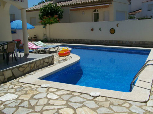House in L'escala for   6 •   with private pool