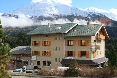 Flat in Aussois for   8 •   animals accepted (dog, pet...)   #38465