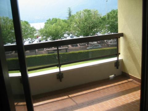 Flat in Aix Les Bains - Vacation, holiday rental ad # 38469 Picture #2