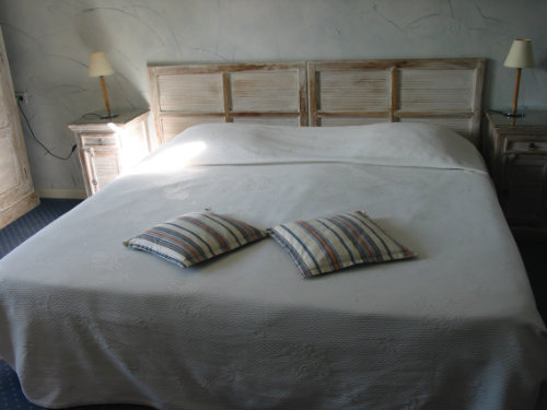 Bed and Breakfast 13 people Remoulins - holiday home  #38512