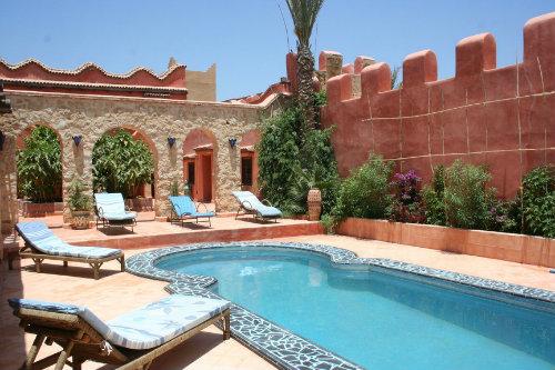Maison taroudant louer pour 14 personnes location n for Villa a louer agadir avec piscine