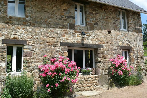 Gite in Montpinchon for   6 •   private parking