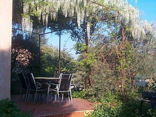 Gite in St saturnin lès apt for   6 •   with terrace