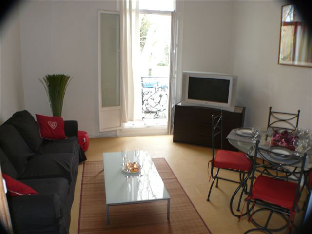 Flat in Perpignan - Vacation, holiday rental ad # 39027 Picture #0