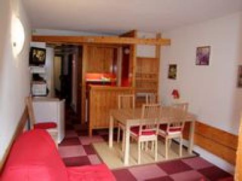 Studio à Arcs 2000 pour  6 •   1 salle de bains