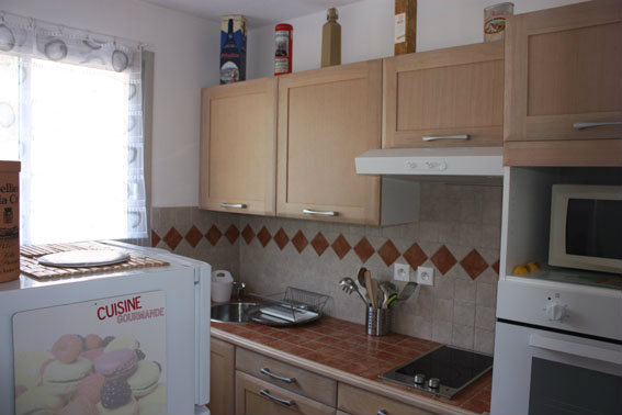 Flat in hyeres - Vacation, holiday rental ad # 39321 Picture #2