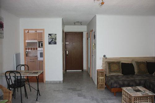 appartement hyeres louer pour 2 personnes location n 39321. Black Bedroom Furniture Sets. Home Design Ideas