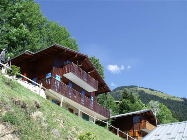 Chalet in Chatel for   10 •   private parking