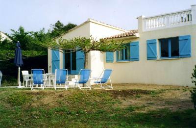 Maison Ste Lucie De Porto Vecchio - 10 personnes - location vacances  n°39643
