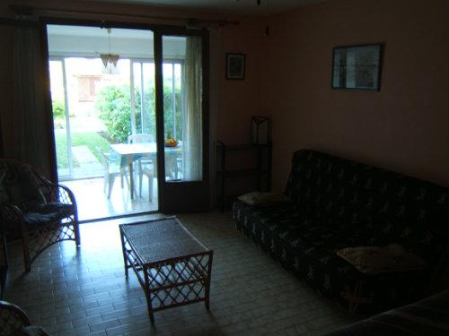Appartement 4 personnes St Gilles Les Bains - location vacances  n°40005