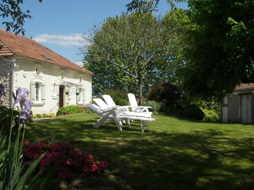 House in Monségur for   12 •   with private pool