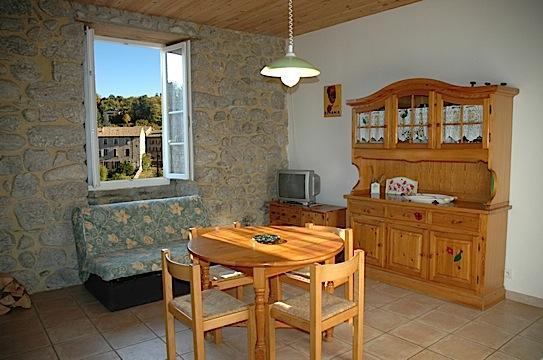 Gite Jaujac - 7 personnes - location vacances  n°40103