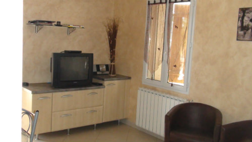 Gite in THUIR - Vacation, holiday rental ad # 40105 Picture #3