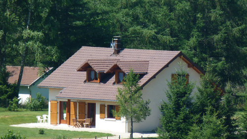 Chalet in Le frasnois - Anzeige N°  40228 Foto N°1