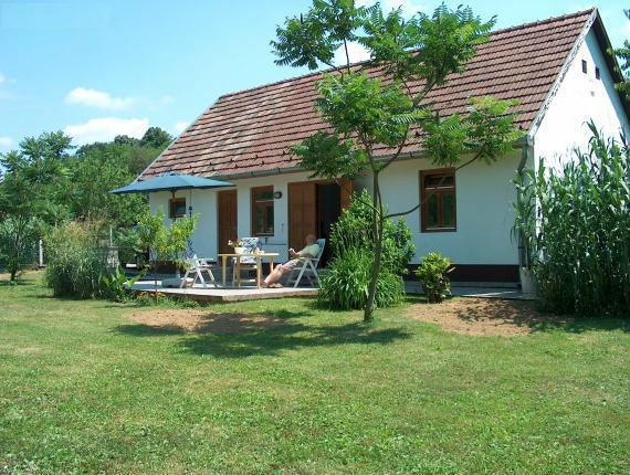 House Vásárosbéc - 4 people - holiday home  #40269