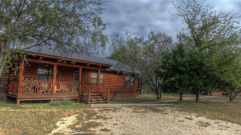 Maison Leakey - 10 personnes - location vacances  n°40521