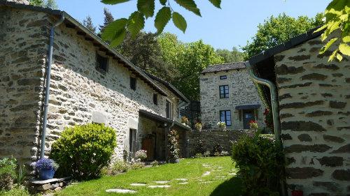 La maison des Chazes - Demeure de charme Dans le midi de l'Auvergne