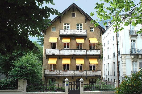 Maison Bagnères De Luchon - 12 personnes - location vacances  n°40703