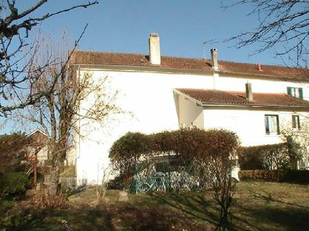 House in Saint astier for   6 •   with terrace   #40762