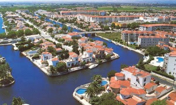 Appartement empuriabrava louer pour 4 personnes location n 40846 - Salon nautique empuriabrava ...