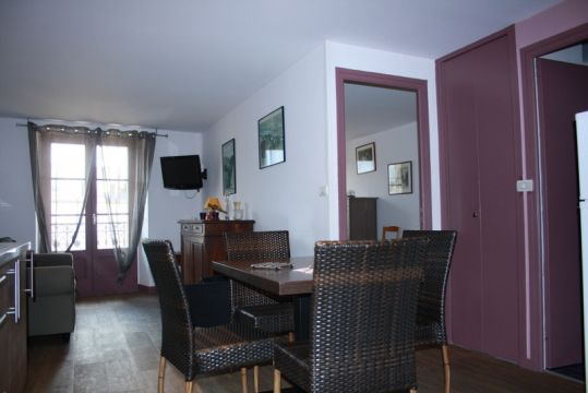 Flat in Aix les bains for   5 •   2 bedrooms