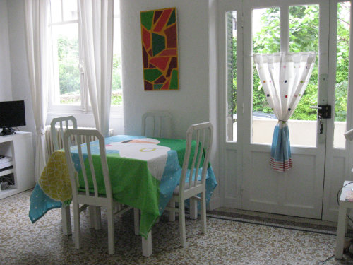 Flat in Dijon - Vacation, holiday rental ad # 40946 Picture #2
