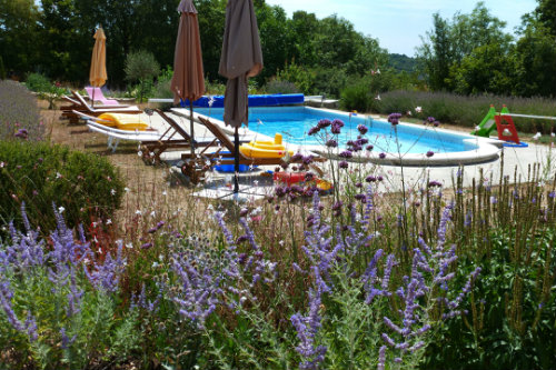 Gite in Caniac du causse for   2 •   with shared pool