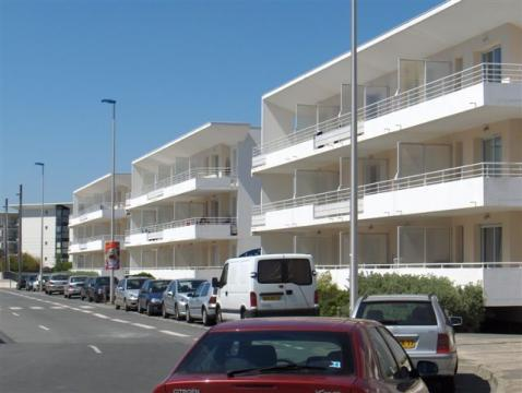 Flat in La rochelle - Vacation, holiday rental ad # 41131 Picture #0
