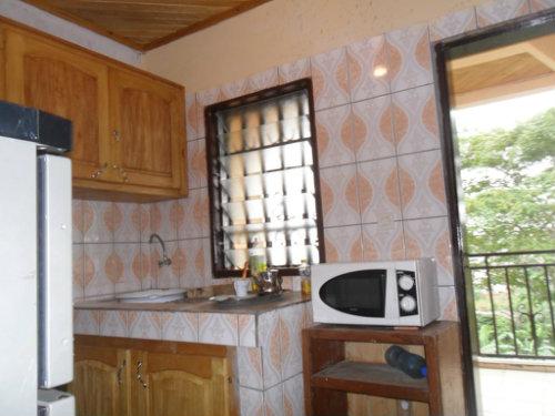 Appartement à Douala pour  6 •   avec balcon